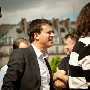 Manuel Valls, Interior Minister, asks that recent events not discredit Bouches-du-Rhône police officers