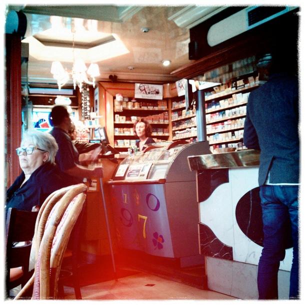 Tabac in Paris.Photo: Flickr.com/:mrMark: