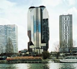 Dexia Tower in Paris.Photo: Flickr.com/Jim Linwood