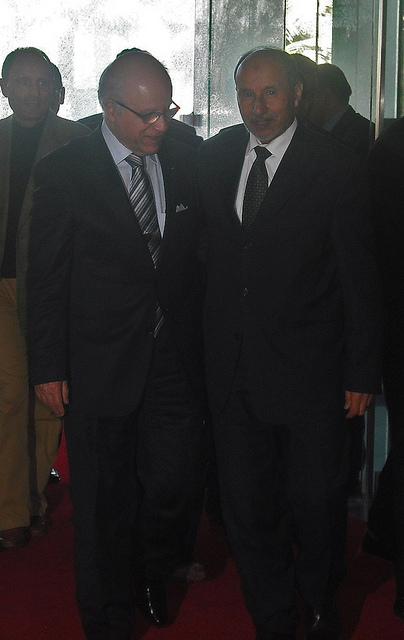 Algerian Foreign Affairs Minister Mourad Medelci, left, with Libyan politician Mustafa Abdul Jalil. Photo: Flickr.com/Magharebia