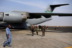 French troops arrive in Mali. Photo: Commons.wikimedia.org/James Richardson