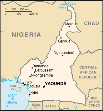 Map of Cameroon. Waza Park is located in the north. By United States Central Intelligence Agency [Public domain], via Wikimedia Commons