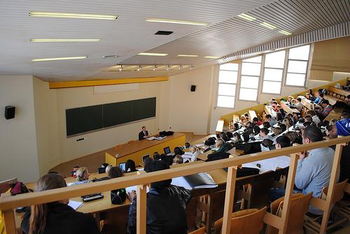 l'Université du Havre, Amphitheater Photo: www.flickr.com/photos/camillestromboni