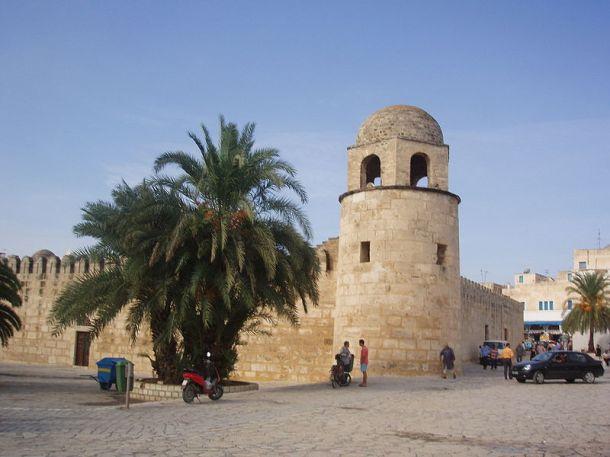 Mosque in Sousse, Tunis. Wikimedia Commons / Igor Turzhanskyy