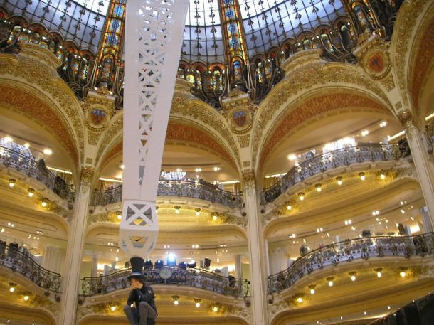The interior of the Galeries Lafayette flagship store in Paris. Photo: Gryffindor for Wikimedia Commons