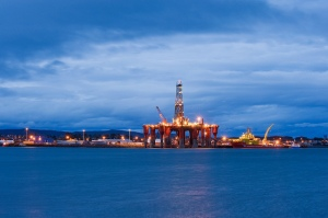 Oil rig moored in Cromarty Firth. Invergordon, Scotland, UK. Photo: Berardo62 via Flickr.