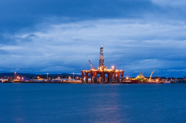 Oil rig moored in Cromarty Firth. Invergordon, Scotland, UK. Photo: Berardo62 via Flickr.